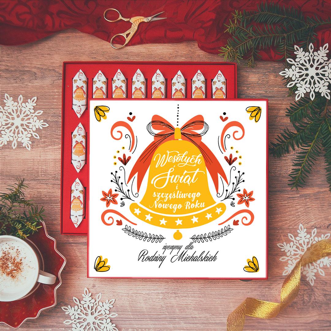 Zdjęcie w galerii - BOMBONIERKA z krówkami świąteczna Dzwoneczek