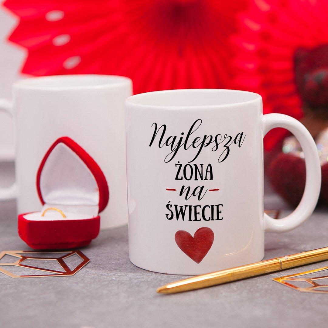 Zdjęcie w galerii - KUBEK z serduszkiem prezent dla żony Najlepsza Żona personalizowany