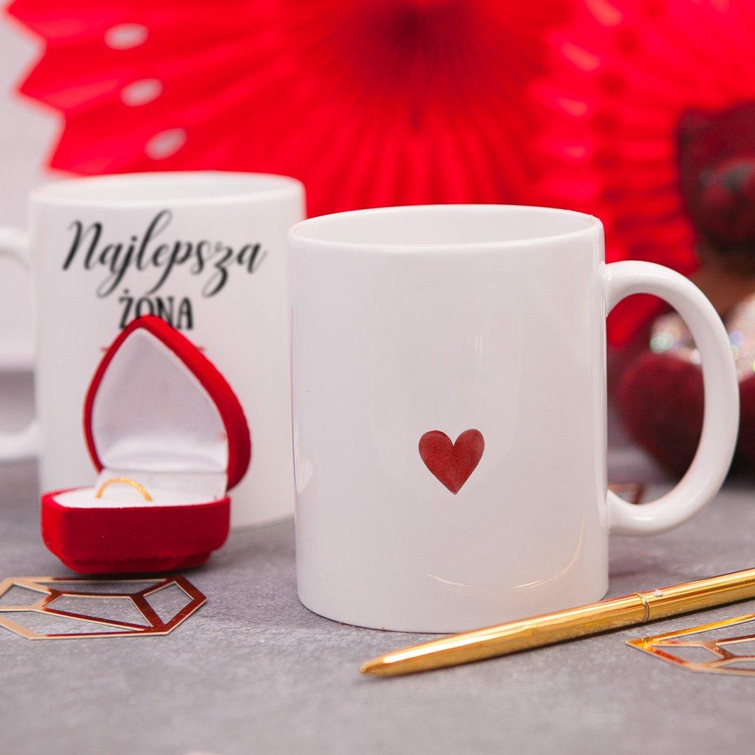 Zdjęcie slidera - KUBEK z serduszkiem prezent dla żony Najlepsza Żona personalizowany