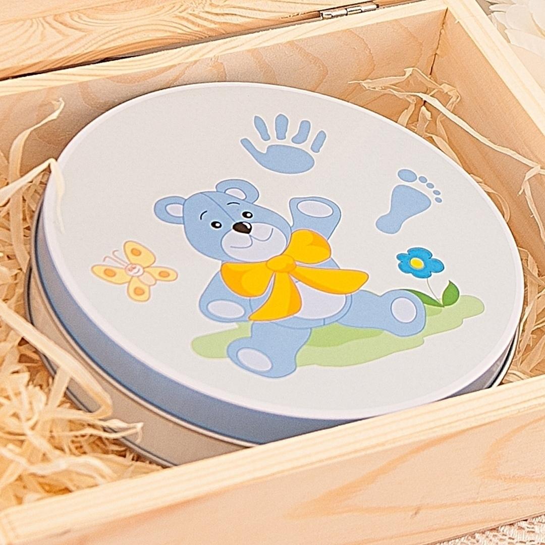 Zdjęcie w galerii - SKRZYNKA prezent na Chrzest Św. dla chłopca Metryczka + ODCISK BOBASA