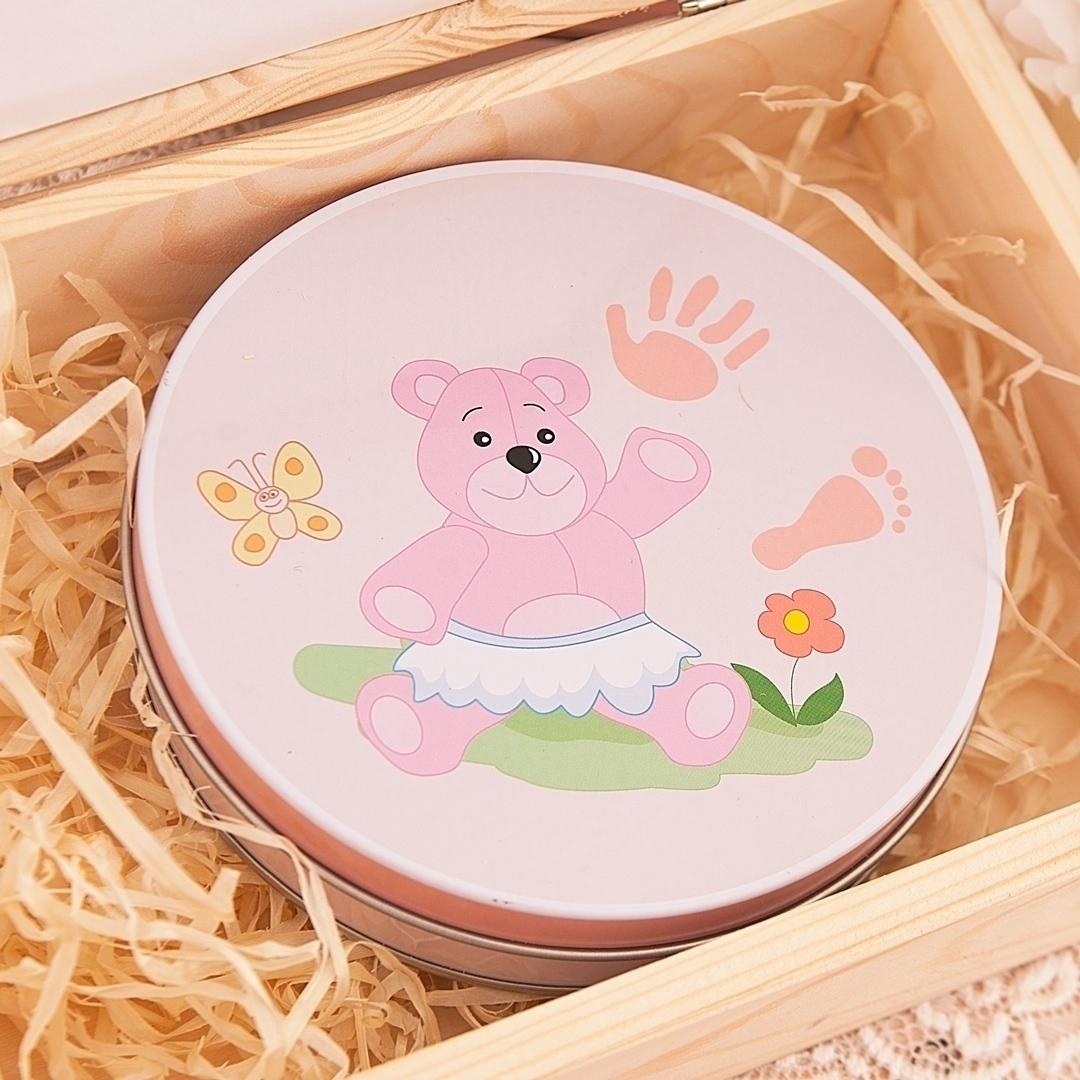 Zdjęcie w galerii - SKRZYNKA prezent na Chrzest Św. dla dziewczynki Metryczka + ODCISK BOBASA