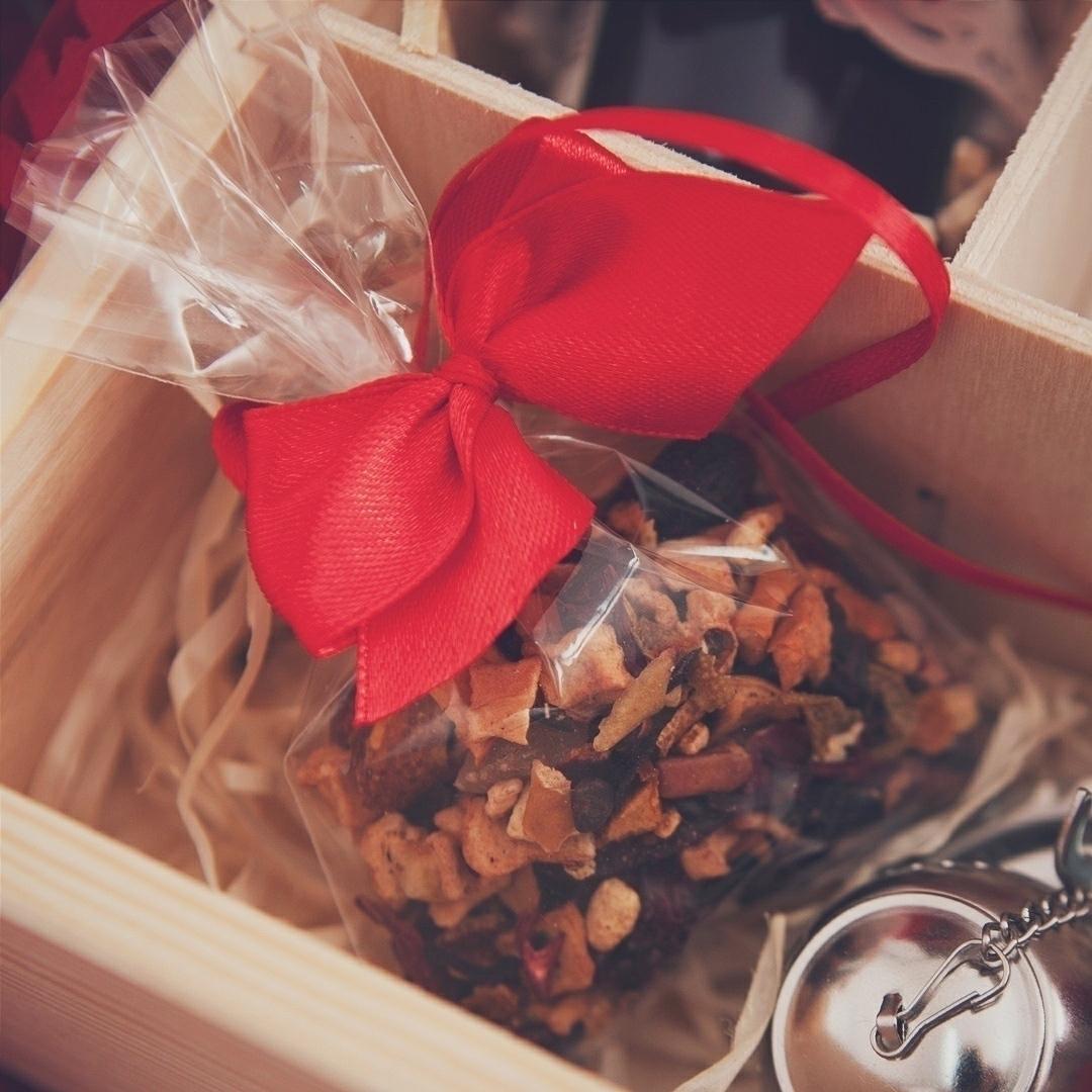 Zdjęcie w galerii - SKRZYNKA prezent świąteczny Renifer