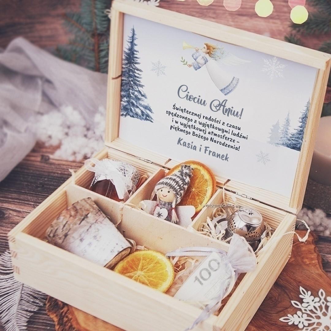 Zdjęcie w galerii - SKRZYNKA prezent świąteczny Srebrna Zima