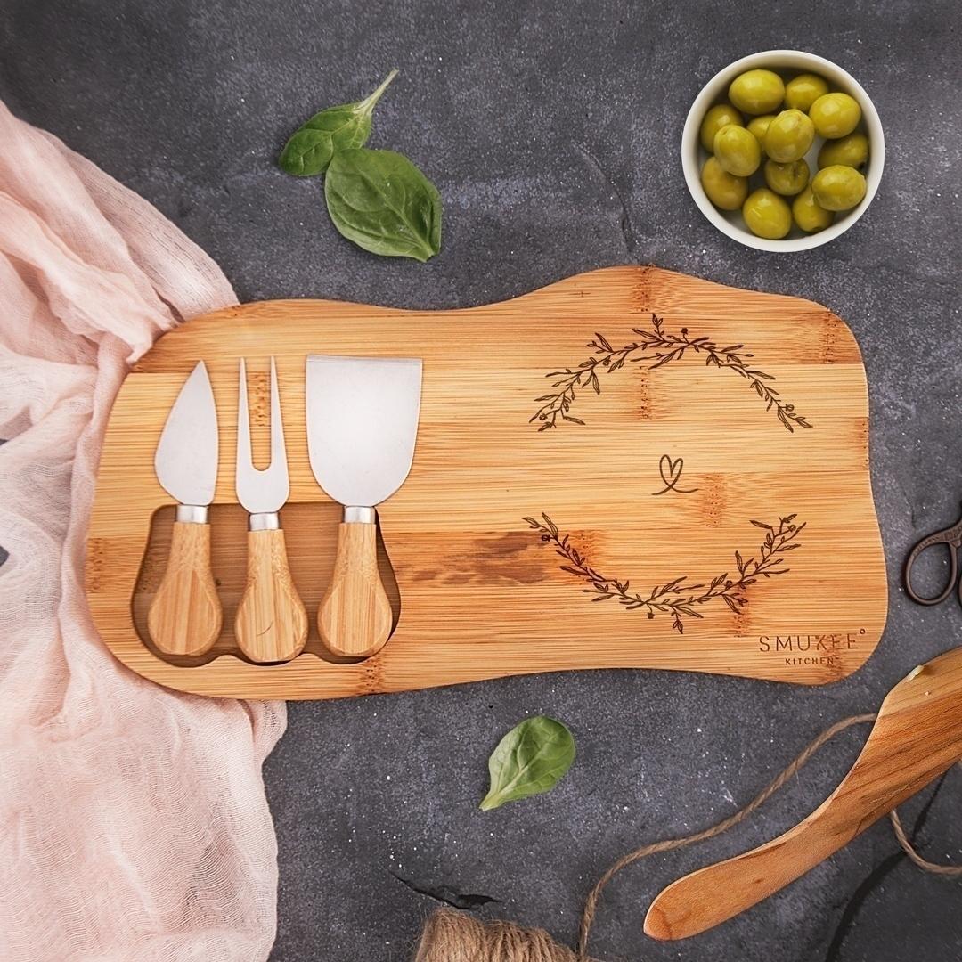 Zdjęcie slidera - ZESTAW do serwowania serów prezent Wieniec Zakochanych z Imionami i Datą