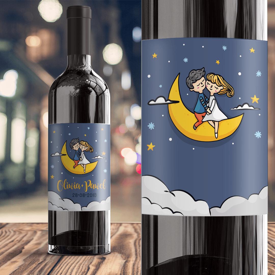 Zdjęcie slidera - ETYKIETA na Wino Prezent Walentynkowy Zakochani na Księżycu z IMIONAMI