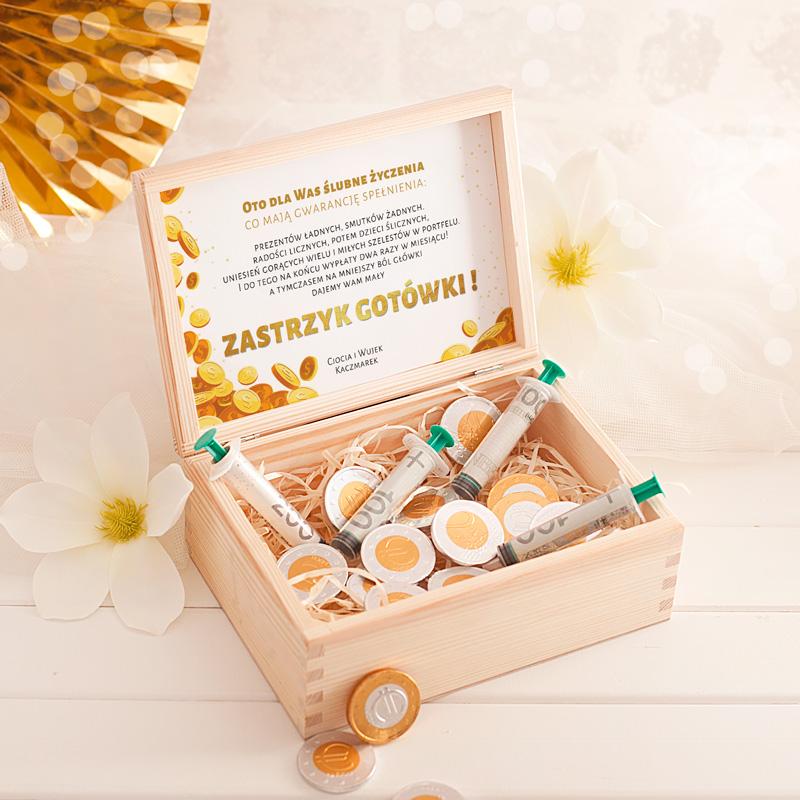 Zdjęcie slidera - ZASTRZYK gotówki prezent dla Młodej Pary monety i strzykawki