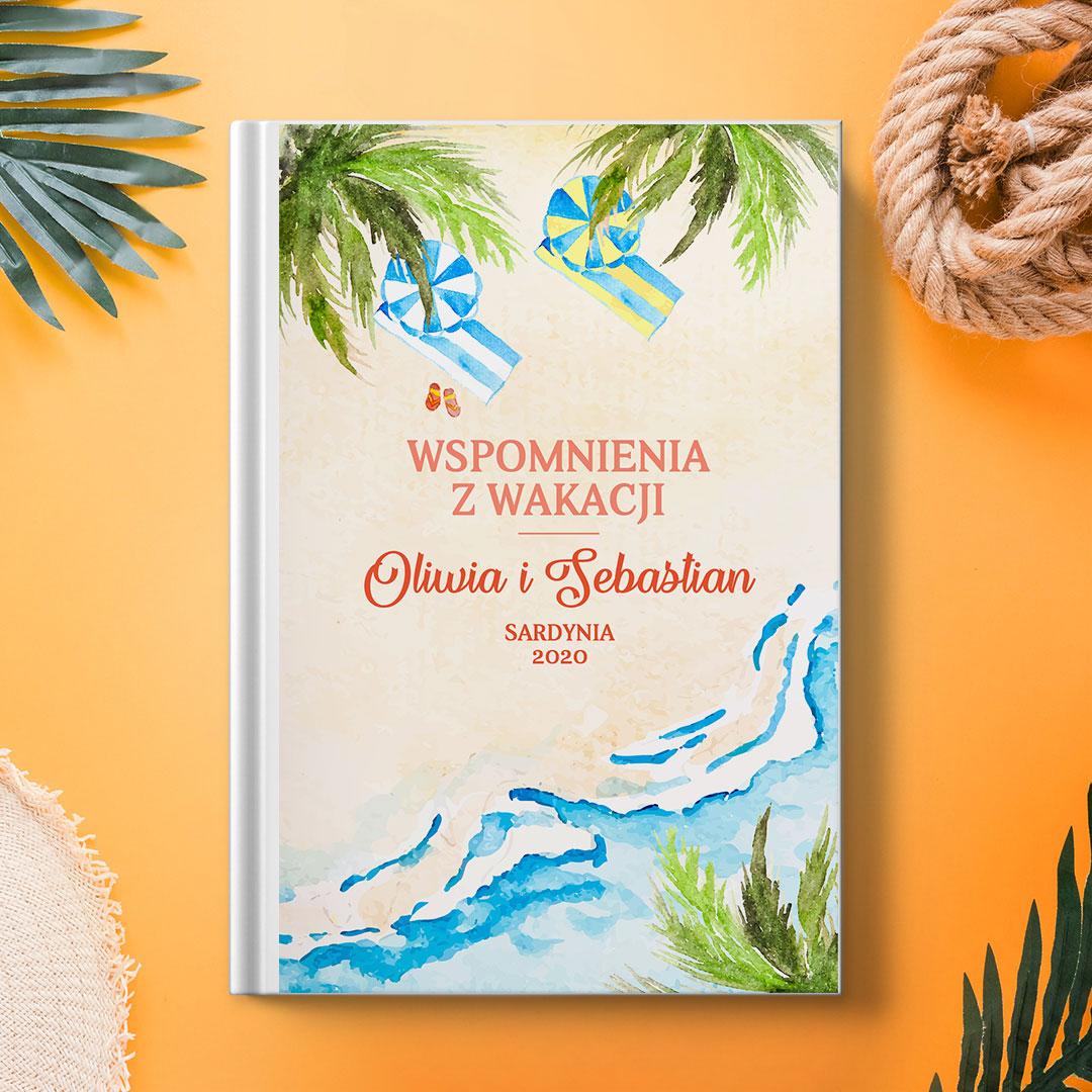 Zdjęcie w galerii - Księga na Wspomnienia z Wakacji Plażowicze PERSONALIZOWANA