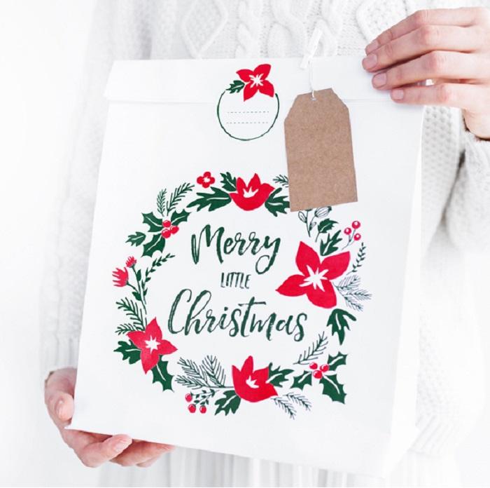 Zdjęcie slidera - Torebki na prezenty Merry Little Christmas, biały, 25x11x27cm