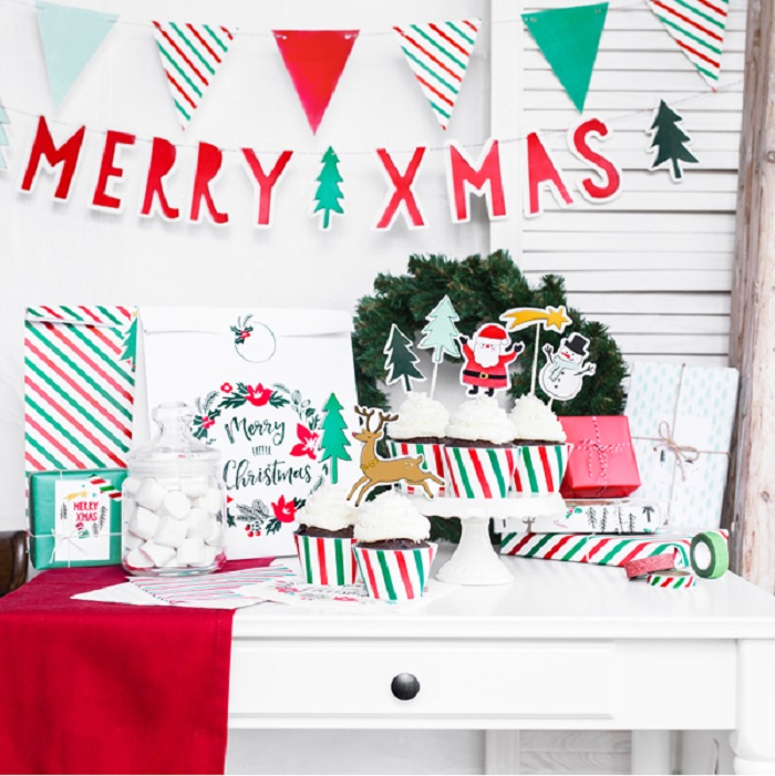 Zdjęcie slidera - Girlanda Merry Xmas – Chorągiewki, 1,3m