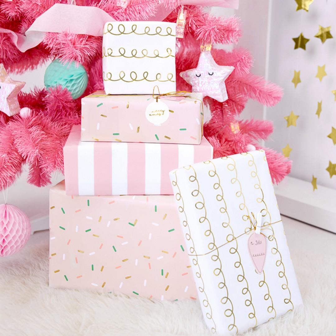 Zdjęcie w galerii - ZAWIESZKI dekoracyjne Na Prezenty Świąteczne 12szt