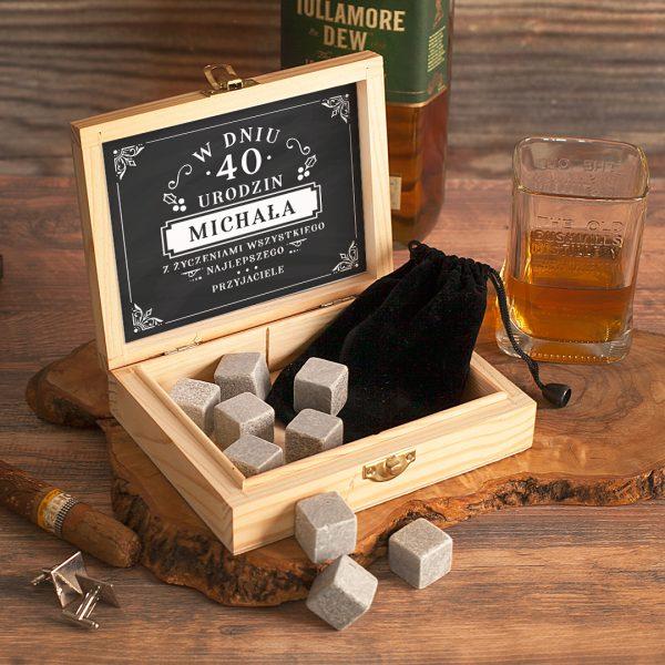 Zdjęcie w galerii - KAMIENIE do Drinków/Whisky w Ekskluzywnej Skrzynce PERSONALIZOWANE