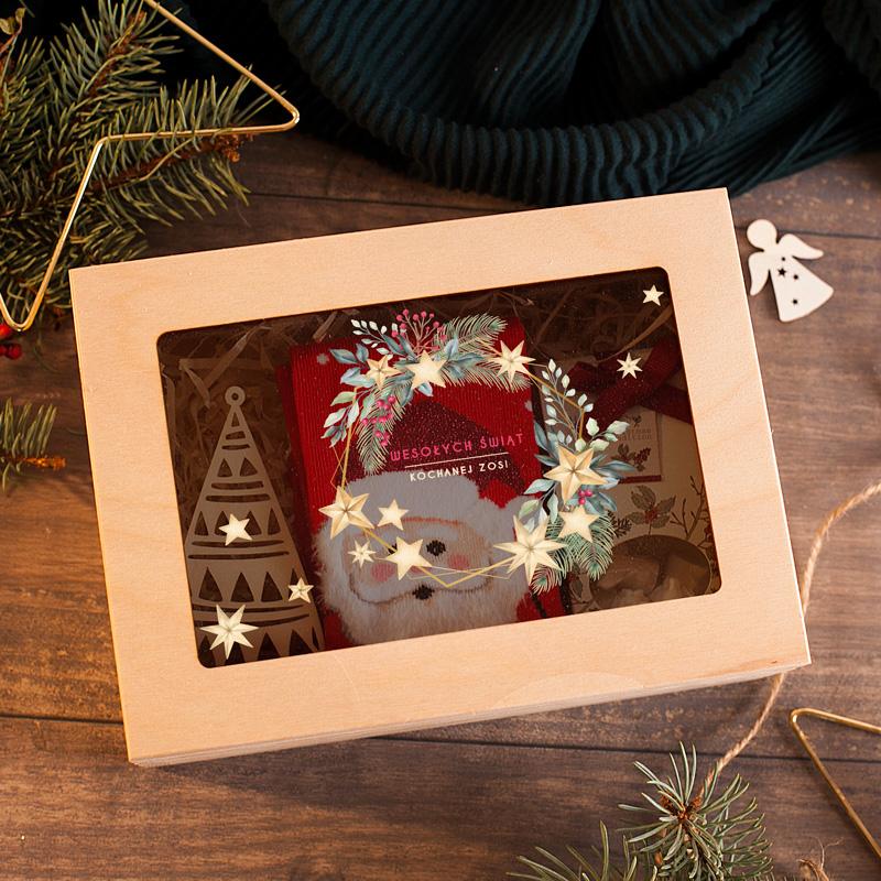 Zdjęcie w galerii - SKRZYNKA Świąteczny Zestaw Prezent Mikołajowe Skarpety