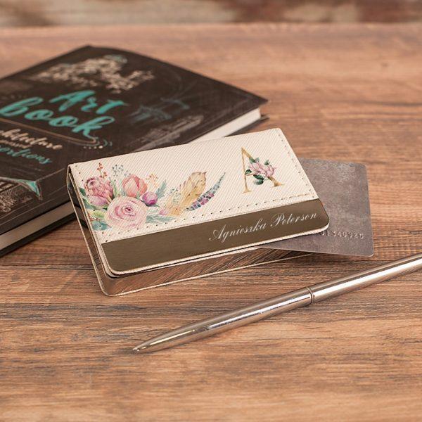 Zdjęcie posta - 5 pomysłów na prezent dla kobiety – personalizowane upominki