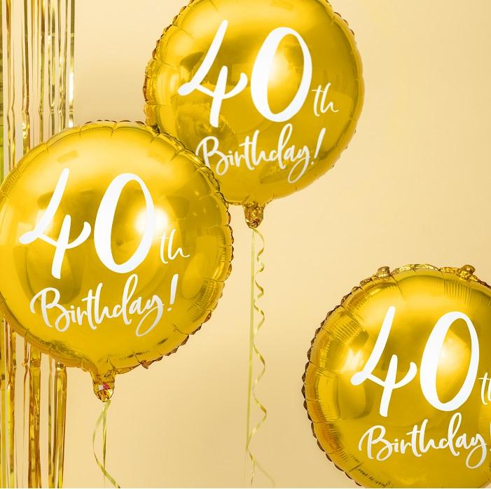 foliowy balon na 40 urodziny, metalizowany w pięknym w kolorze złotym, z białym napisem 40th Birthaday!