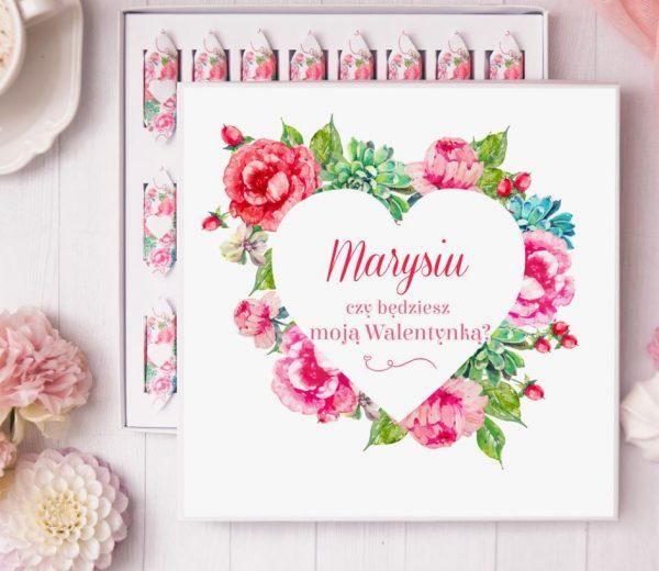 Zdjęcie w galerii - BOMBONIERKA z krówkami Walentynka Pink Flowers