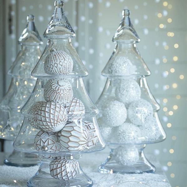 Szklana ozdoba w kształcie choinki idealna dekoracje na Boże Narodzenie