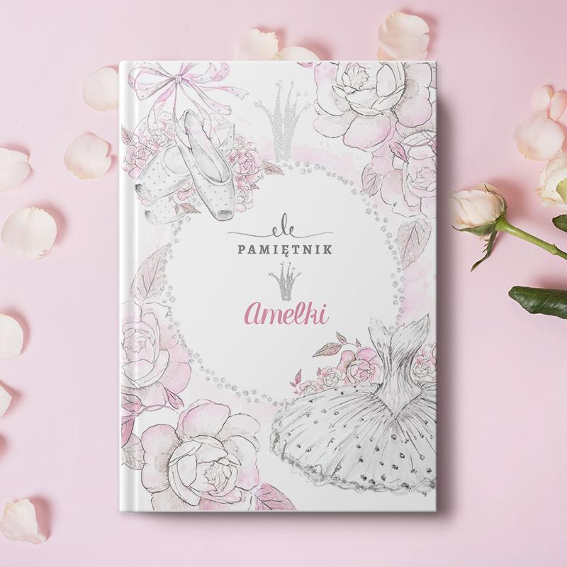 Pamiętnik, notatnik dla dziewczynki. Notes posiada okładkę z personalizacją i motywem baletnicy.