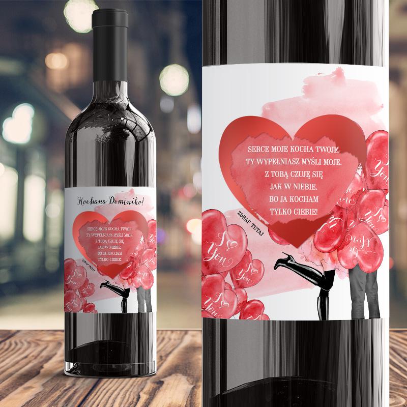 Etykieta na wino na walentynki ze zdrapką w kształcie serca pod którą jest wierszyk