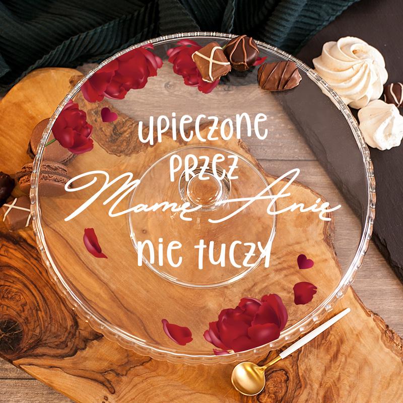 Szklana elegancka patera z pięknym zdobieniem w maki oraz dedykacją z imieniem