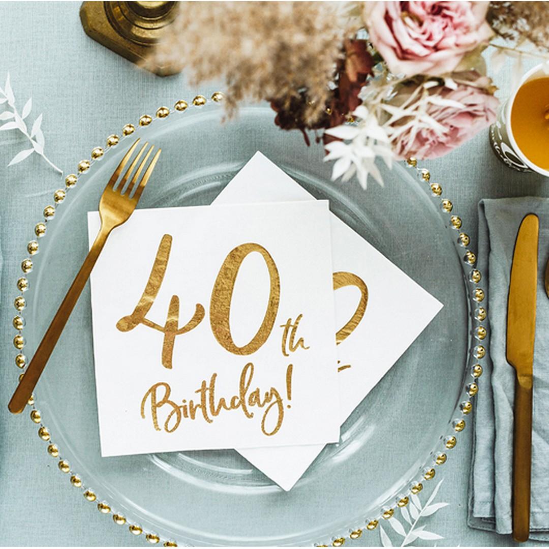 Białe serwetki papierowe ze złotym nadrukiem 40th Birthday