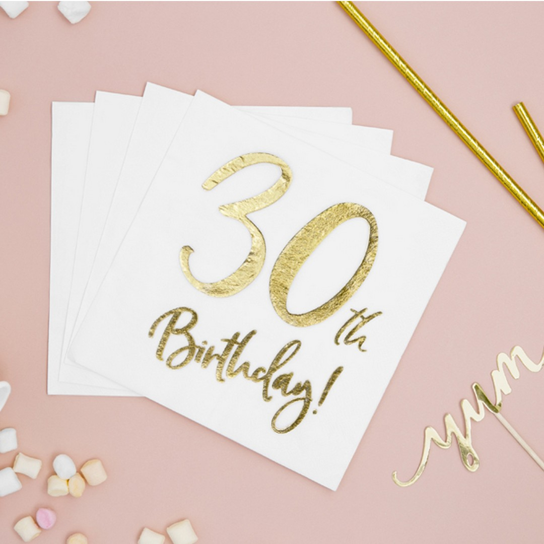 Papierowe serwetki w białym kolorze, ze złotym nadrukiem na 30 urodziny