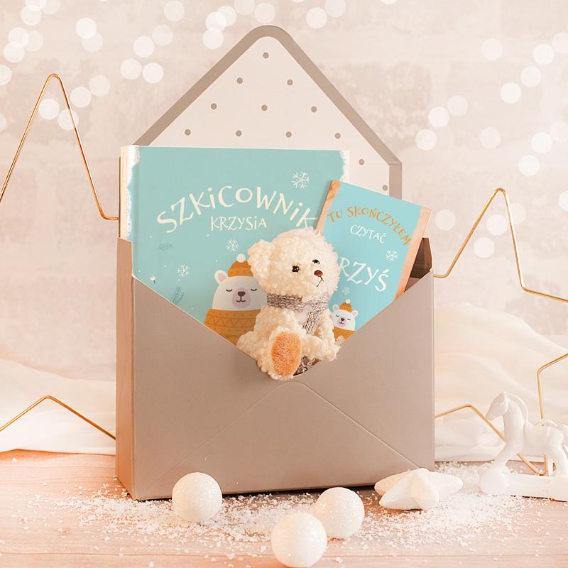 Zestaw urodzinowy dla dziecka, pluszowy miś oraz zakładka do książki oraz rysownik z imieniem dziecka