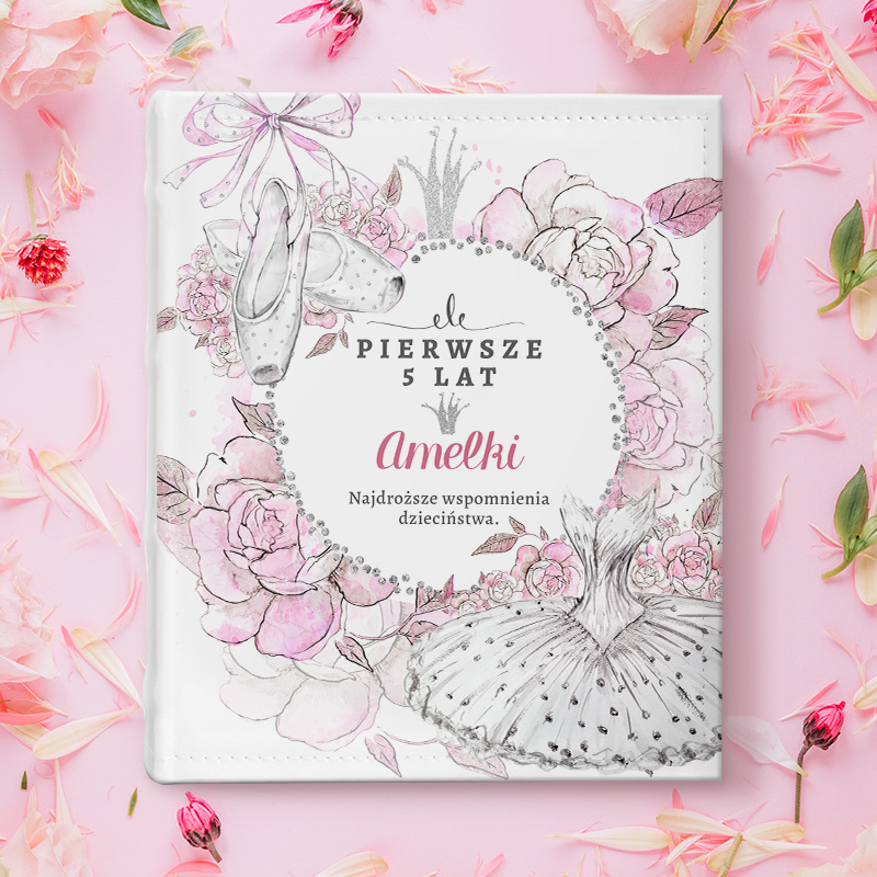 Album na zdjęcia, prezent dla dziecka na urodziny z grafiką Baletnicy na okładce