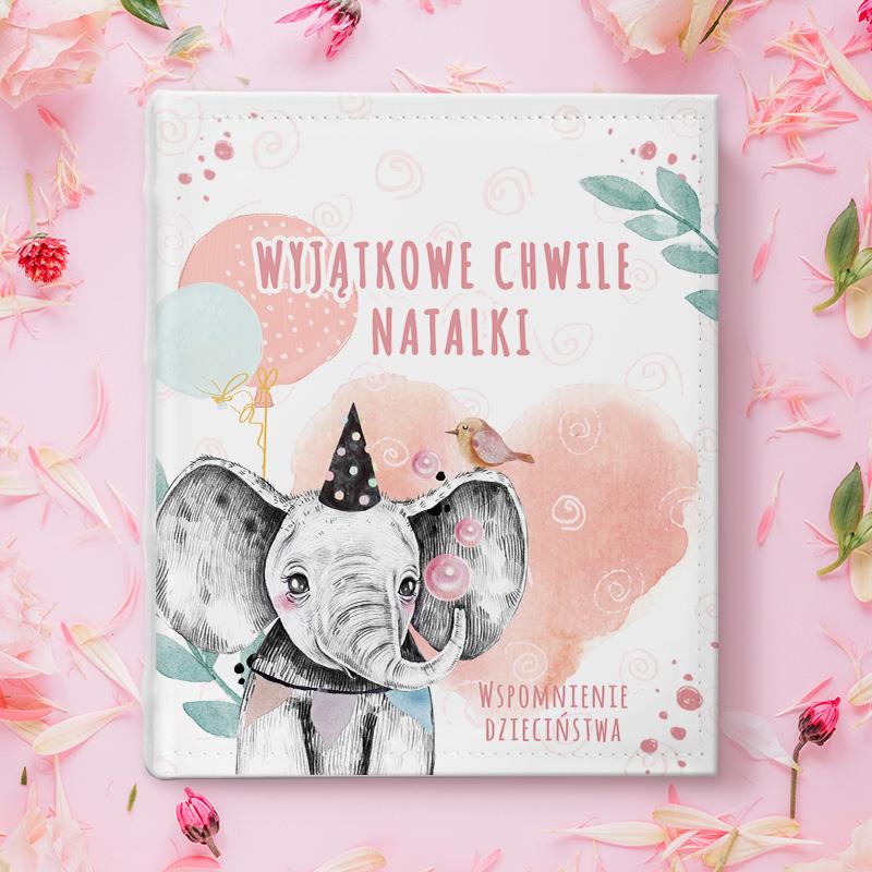 kolorowy album na zdjęcia, idealny podarunek na urodzinki dla dziecka z okazji urodzinek lub chrztu świetego, z grafiką Słonika z balonami
