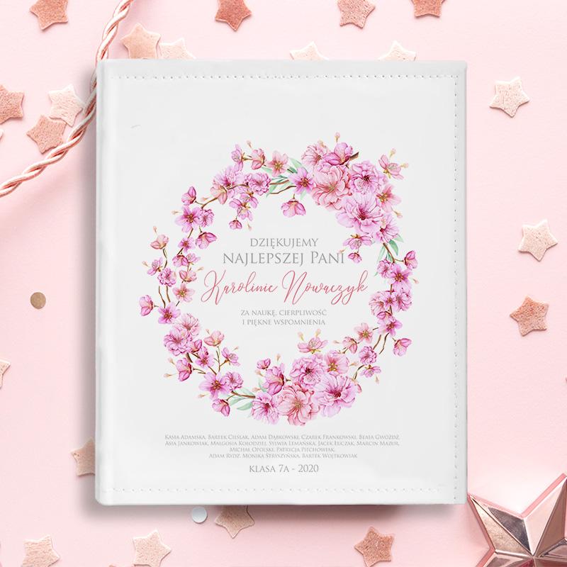 ALBUM Podziękowania dla Nauczycielki KWIATY PERSONALIZOWANY z motywem kwiatowego wianka w różowym kolorze