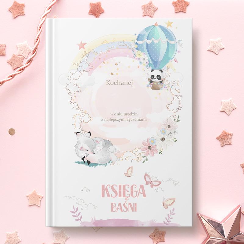 Książka z bajkami dla dzieci z dekoracyjną okładką w delikatne zdobienia oraz miejscem na imię i podpis od kogo jest prezent.