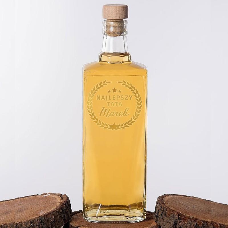 Zdjęcie w galerii - KARAFKA na Alkohol Złoty Laur Prezent na Dzień Ojca 700ml PERSONALIZOWANA