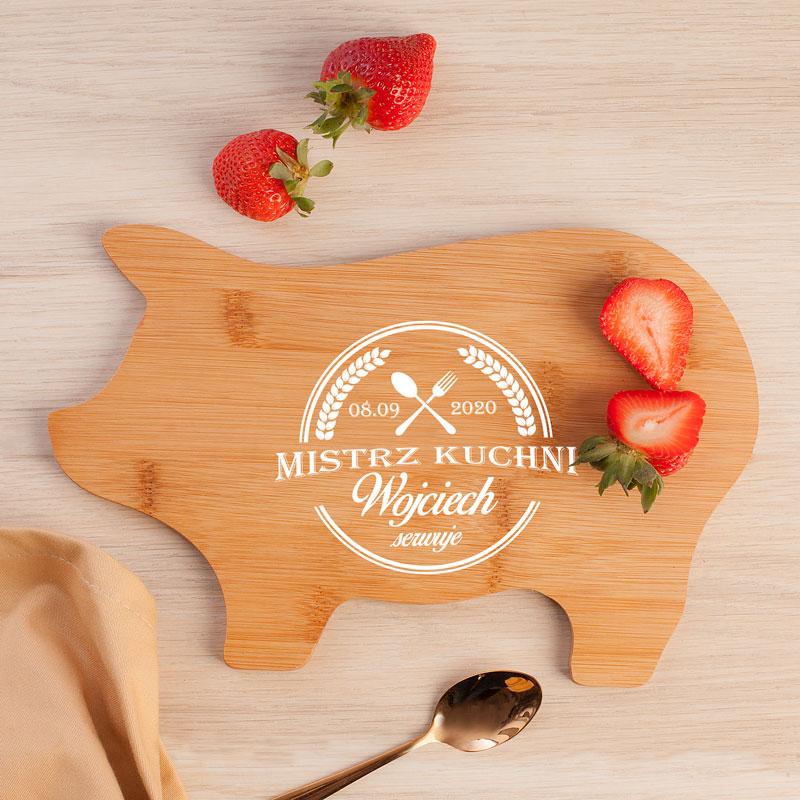 Zdjęcie w galerii - Deska Świnka Prezent dla Niego Mistrz Kuchni PERSONALIZOWANA