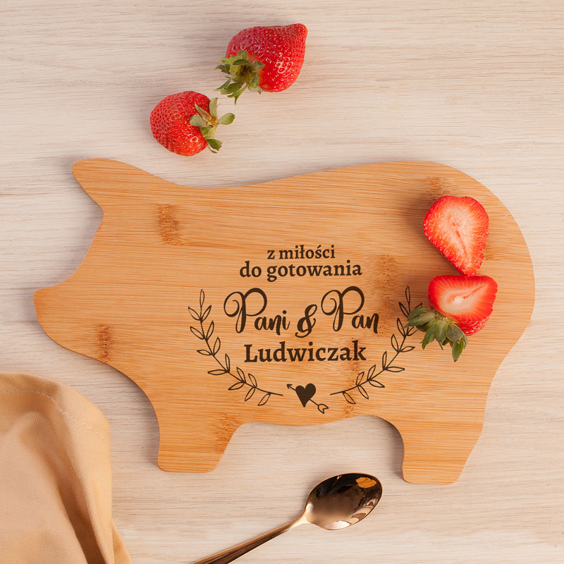 Zdjęcie w galerii - Deska Świnka Prezent dla Pary Z miłości do gotowania PERSONALIZOWANA