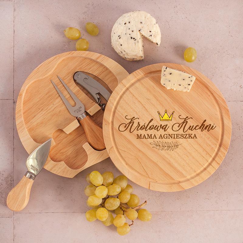 Zestaw do serwowania serów: deska + otwieracz + sztućce do sera: nóż i widelec, prezent dla Mamy personalizowany