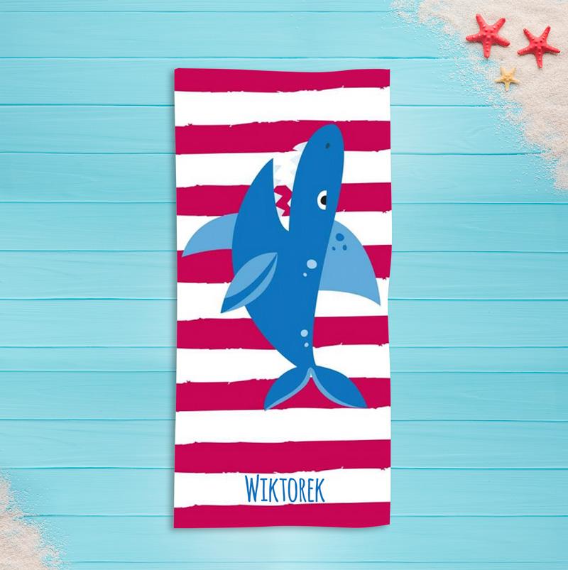 Zdjęcie w galerii - RĘCZNIK kąpielowy Niebieski Rekin PERSONALIZOWANY