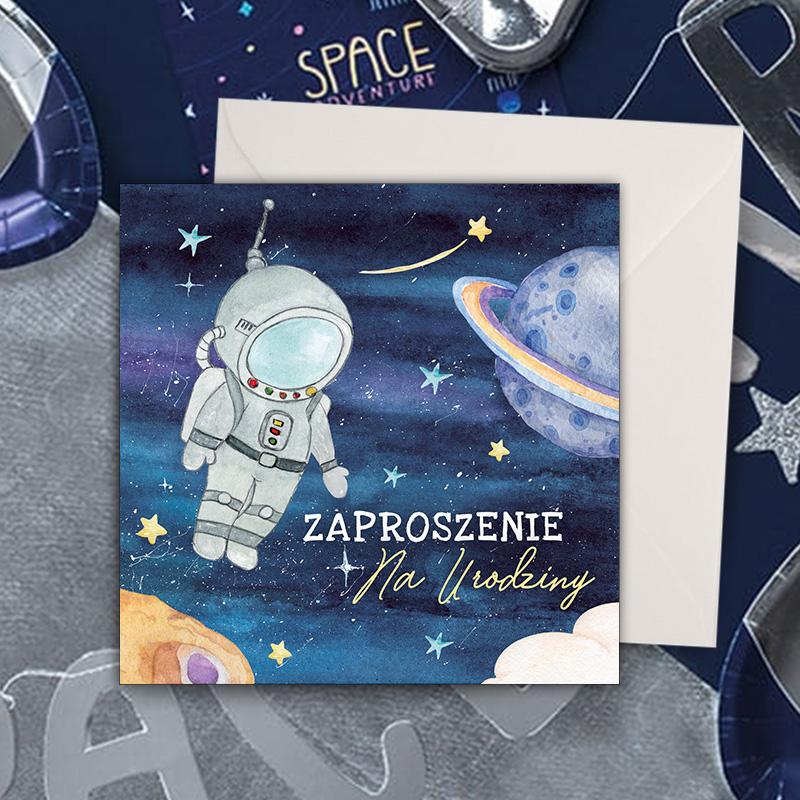 Zaproszenia na urodzinki dziecka z dekoracyjną okładką Kosmos. Do zaproszeń dołączone są koperty, idealne na urodzinki chłopca