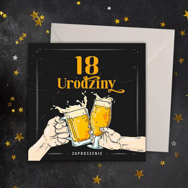 Zaproszenia na 18 urodziny, nadruk czarno złoty, grafika stukających się kufli z piwem i napisem 18 urodziny