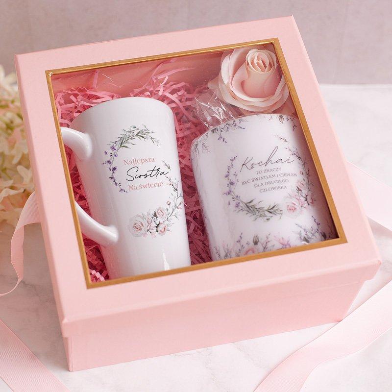 Zdjęcie w galerii - ZESTAW Prezent Dla Siostry Kubek i Świeca w Różowym Pudełku
