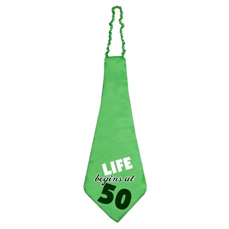 Zdjęcie w galerii - KRAWAT z napisem Life begins at 50 ZIELONY na Okrągłe Urodziny