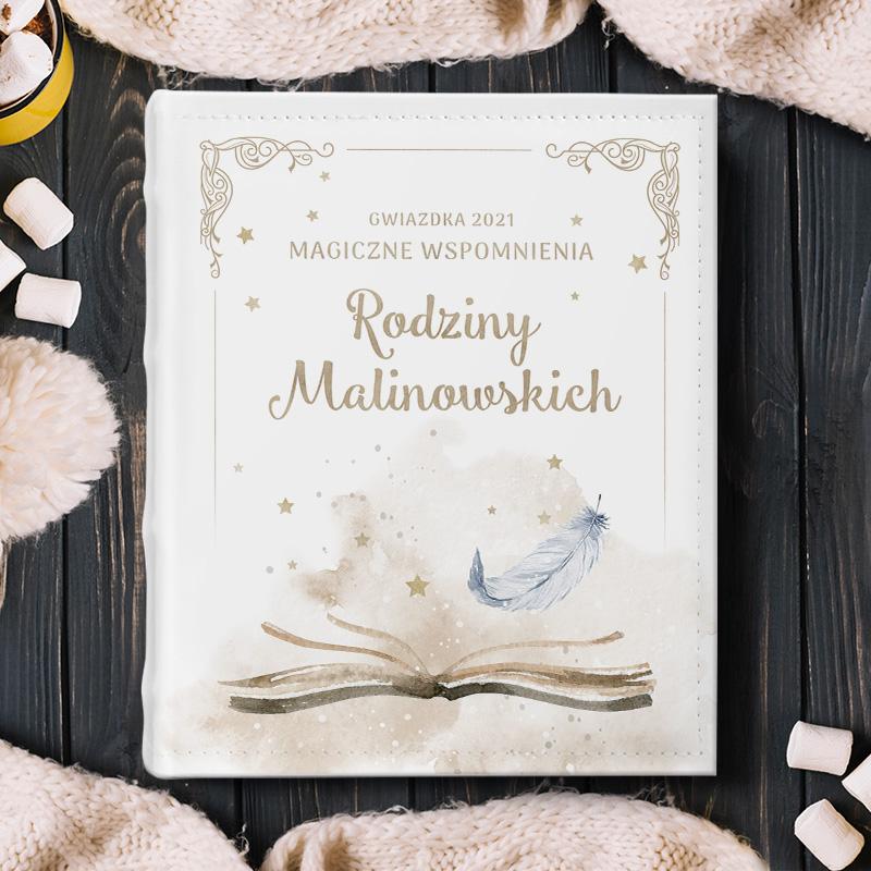 Album świąteczny z personalizacją, prezent na święta. Elegancka okładka, personalizowana okładka z delikatną grafiką.