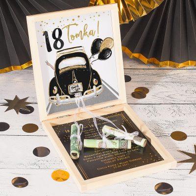Prezent na 18 urodziny, pieniądze na pudełko na osiemnastkę.