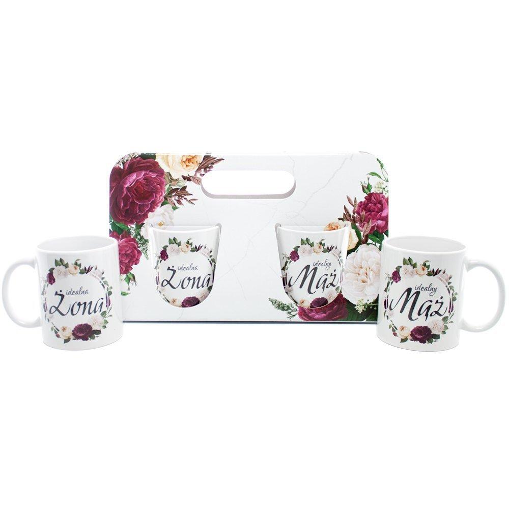 Elegancki zestaw kubków w ozdobnym opakowaniu. Idealnie sprawdzi się jako prezent dla Młodej Pary.