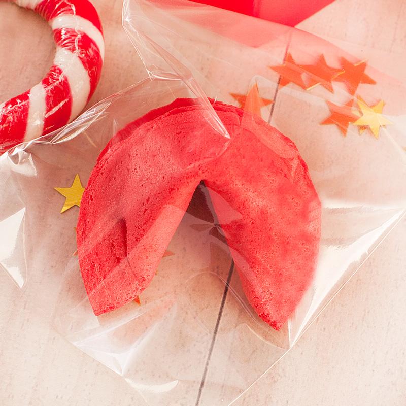 Zdjęcie w galerii - ZESTAW Świąteczny Dla Kobiety W Pudełku Czerwone Serduszko