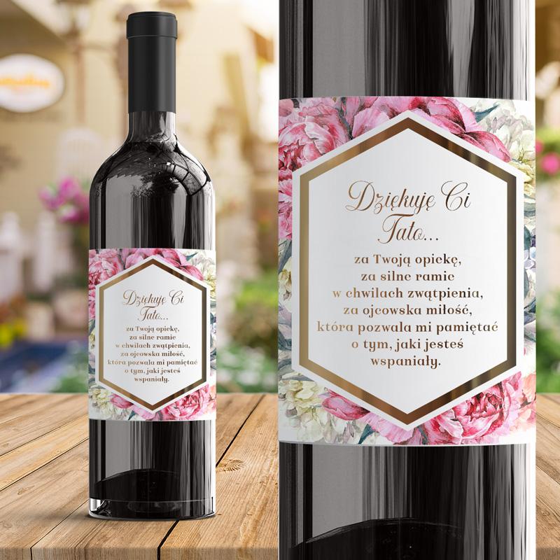 Elegancka etykieta na wino z dedykacją dla mamy z piękną grafiką kwiatową