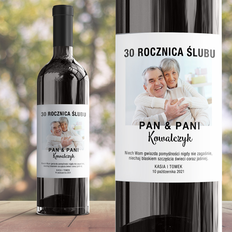 Elegancka etykietka na wino na rocznicę ślubu