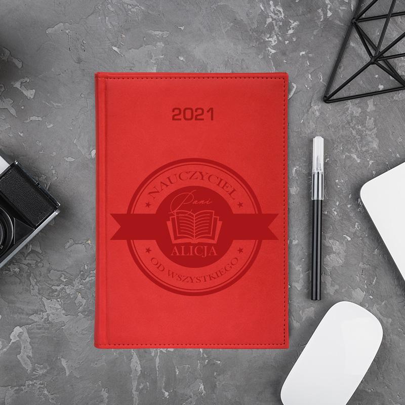 kalendarz książkowy z ekoskóry 2021 dla nauczyciela i imieniem