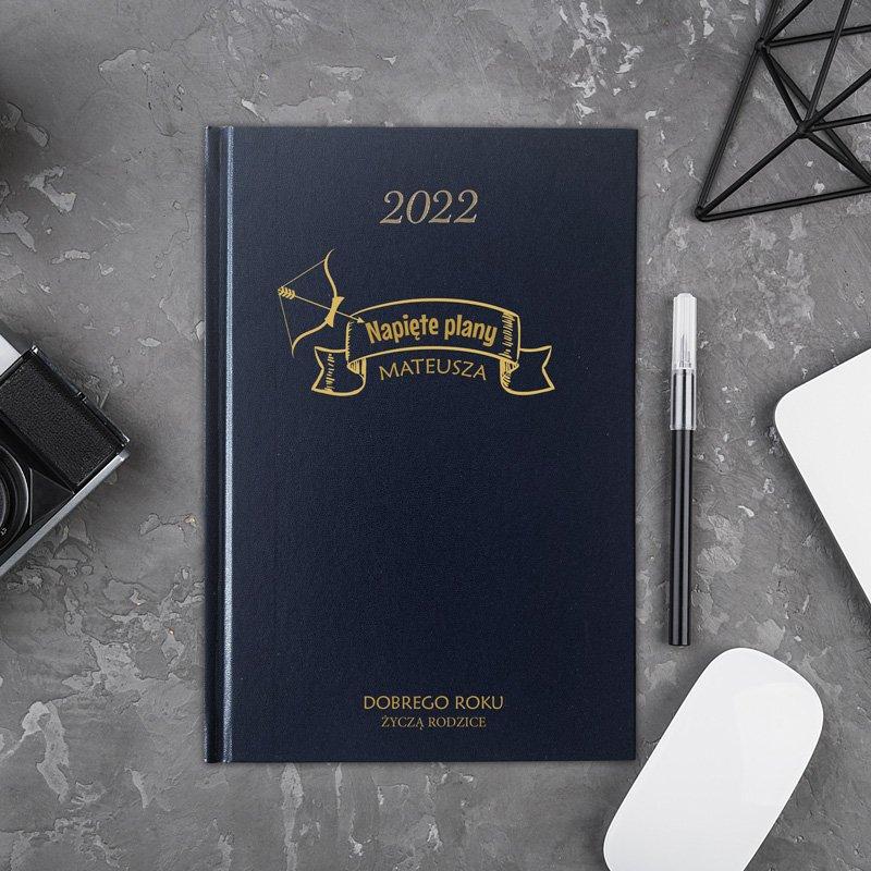Personalizowany kalendarz na rok 2022 w sztywnej oprawie. Idealny na zaplanowanie ważnych spraw.
