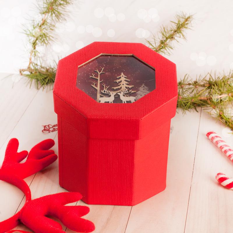 Zdjęcie w galerii - PUDEŁKO na Prezent Świąteczny z dekoracją 3D CZERWONE
