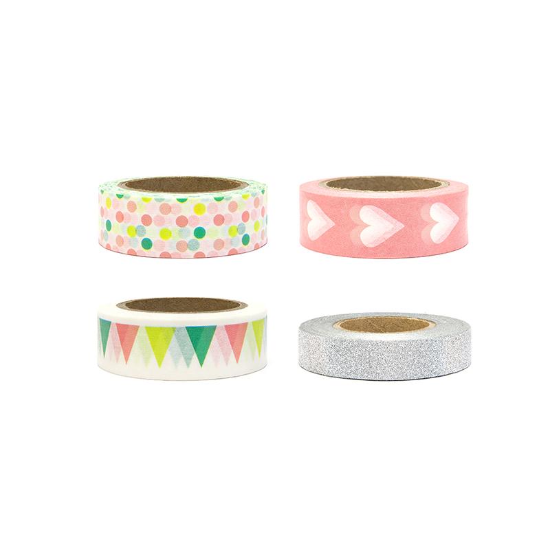 Tasiemki samoprzylepne w ciekawych wzorach w modnej kolorystyce z różowymi akcentami.