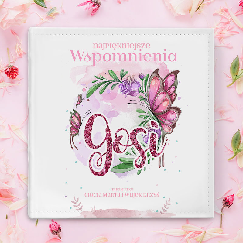 Album fotograficzny na roczek dla dziewczynki z grafiką motylka i kwiatów
